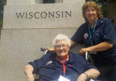 WWII Army Nurse Veteran joins Honor Flight to nation's capital